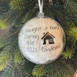 🆕New homeowner pandemic ornament Covid 19
